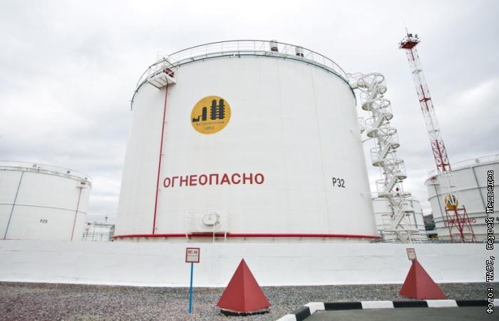 Добыча нефти в РФ в 2016 году выросла до рекордных 547,5 млн тонн