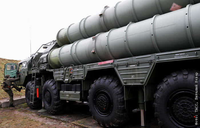 Россия начала поставлять в Китай системы С-400