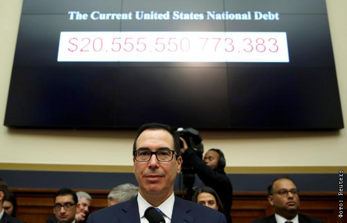РФ в мае продолжила резкое сокращение вложений в US Treasuries