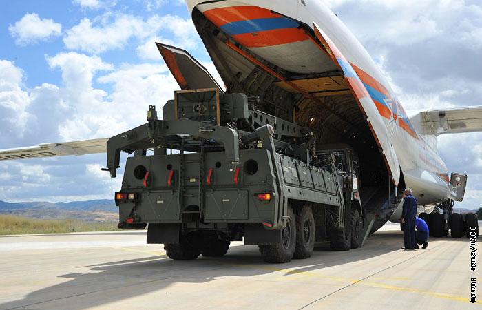 Рособоронэкспорт: РФ поставила Турции все элементы С-400, включая ракеты