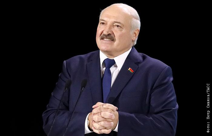 Лукашенко считает своим родным языком - белорусский