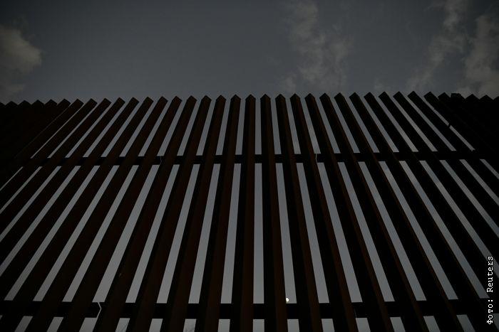 В США пограничники выстрелили в перебежчика через границу с Мексикой. Им оказался россиянин