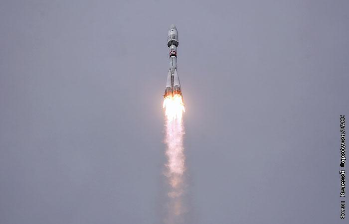 SpaceX в третий раз посадила ступень ракеты на платформу в океане
