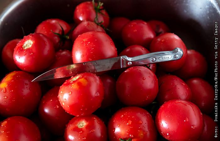 С 26 ноября в России запретили ввоз из Ферганской области томатов и перцев