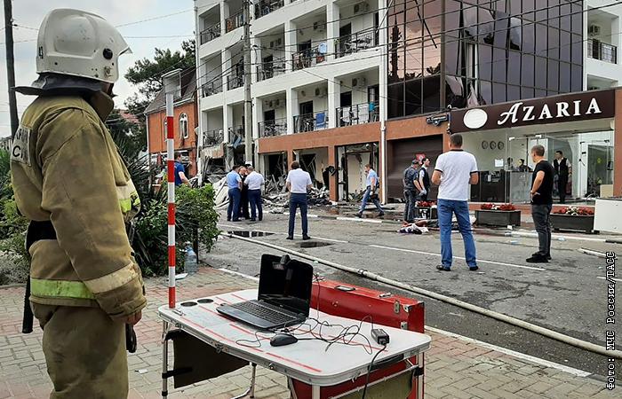 777626 Один человек погиб, четверо пострадали при взрыве в отеле в Геленджике