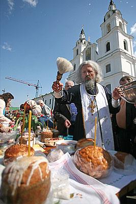 Православные празднуют Светлое Христово Воскресенье
