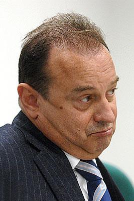 В. Стржалковский покинул пост главы Федерального агентства по туризму