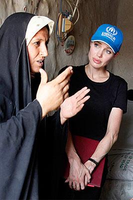 Анжелина Джоли посетила лагерь беженцев в Ираке