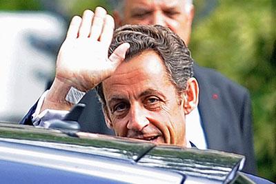 Николя Саркози выписали из больницы