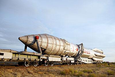 """Подготовка к запуску РН """"Протон-М"""" со спутником AsiaSat-5"""