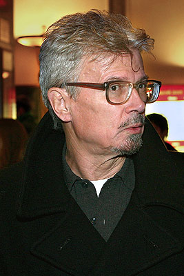 Эдуарда Лимонова облили чаем в Нижнем Новгороде