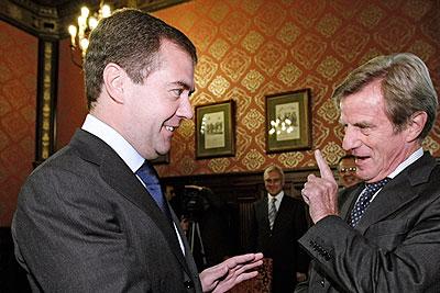 Медведев встретился с участниками Совета РФ – Франция по безопасности