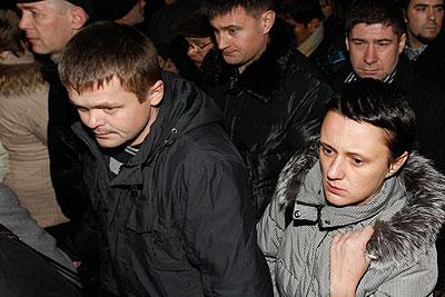 """МЧС открыло """"горячую линию"""" для родственников пострадавших"""