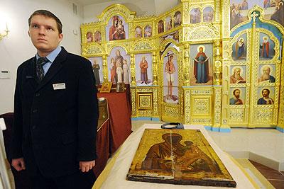 """Икона """"Богородица Одигитрия"""" из коллекции Русского музея"""