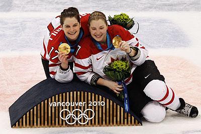 """Канада выиграла """"золото"""" олимпийского турнира по хоккею"""