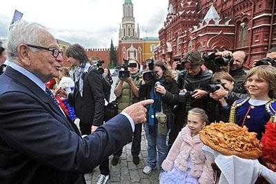 Пьер Карден посетил Красную площадь
