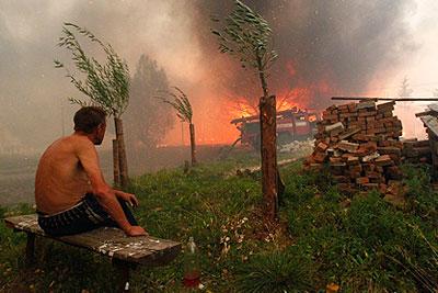 http://www.interfax.ru/ftproot/photos/PhotoReport/2010_07_30/400sos13.jpg