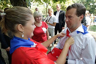 Рабочая поездка Медведева в Ростовскую область