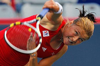 Динара Сафина вышла во второй круг турнира в Монреале