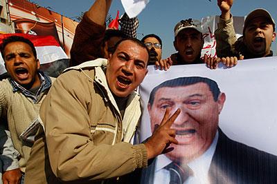 Армия Египта призывает манифестантов разойтись