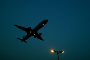 Психически невменяемый пытался захватить самолет