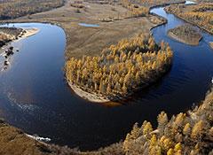 Лужков готов повернуть реки вспять