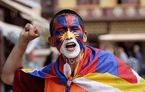 Китай вымарал тибетскую тему из Интернета