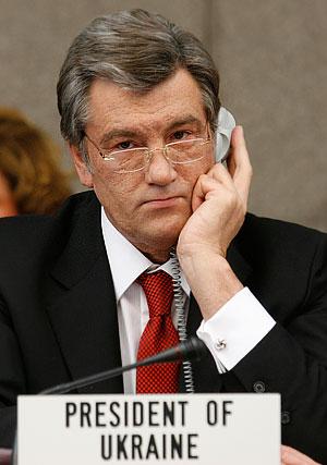 Ющенко требует немедленного продолжения переговоров