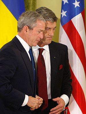 Буш на Украине: мечты, угрозы, сожаление