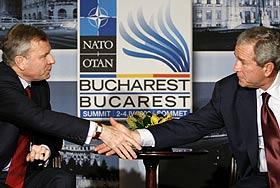 Саммит НАТО: маниакальная игра на нервах
