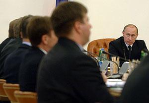 Путин решил бороться с неповоротливостью