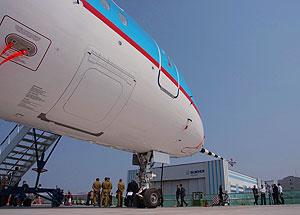 Sukhoi Superjet летал более часа