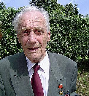 Герой Советского Союза обвиняется в геноциде эстонцев