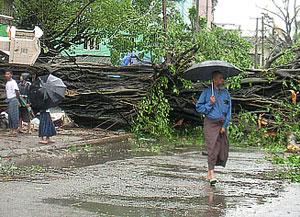 Мьянма лежит в руинах