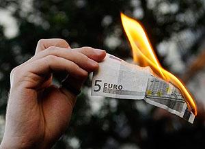 Рекордно заработали на слабом евро