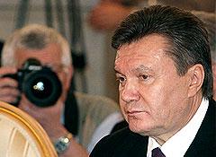 Янукович подписал закон о русском языке