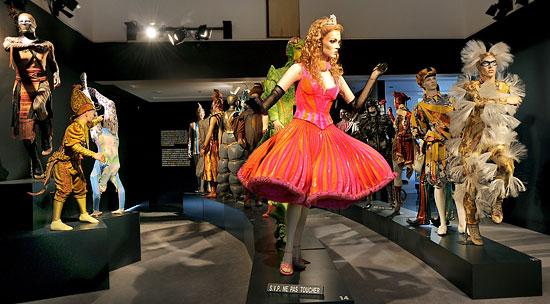 Выставка костюмов Cirque du Soleil в Москве
