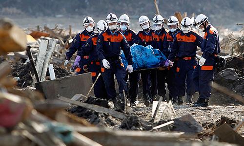 Число жертв стихии в Японии приближается к 14 тыс. человек