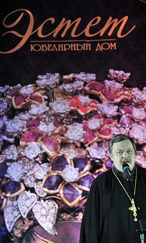 Показ православной моды