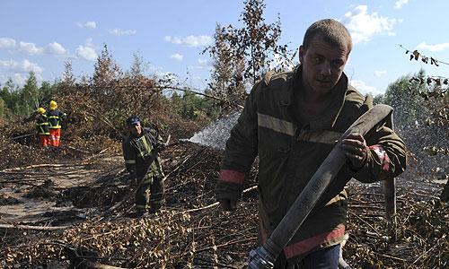В Шатурском районе Московской области запрещен въезд всех видов автотранспорта и другой техники в леса, на торфяники, карьеры, сообщает администрация района.