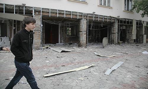 Глава МВД России Рашид Нургалиев сообщил, что в результате взрыва в Грозном поздно вечером 30 августа погибли девять человек.