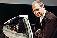 5 октября 1999г. Стив Джобс представляет новый iMAC DV Special Edition.