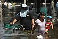 Властям Таиланда, вероятно, потребуется минимум месяц, чтобы ликвидировать последствия наводнения в Бангкоке, сообщила премьер-министр страны Йинглук Чинават.
