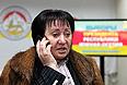 """Кандидат в президенты Южной Осетии Алла Джиоева, которая по данным ЦИК республики лидировала по итогам выборов, не считает свои действия """"цветной революцией"""" и заявляет о том, что она является избранным от народа президентом Южной Осетии. Как сказала Джиоева """"Интерфаксу"""", заявление Генпрокуратуры она считает провокационным, так как никаких """"цветных революций"""" ее сторонники проводить не собираются. """"Я не знаю, что имеют в виду правоохранительные органы, называя наши действия """"цветной революцией"""", но я призвала своих сторонников быть готовыми к развитию любого сценария и законными путями бороться за нашу победу"""", - подчеркнула Джиоева."""