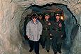 Северо-корейское государственное телевидение сообщает о смерти лидера страны Ким Чен Ира.Лидер Северной Кореи скончался на 70-м году жизни. Отмечается, что Ким Чен Ир умер 17 декабря в 8:30 утра во время поездки на поезде. По предварительным данным, северокорейский лидер умер в результате проблем с сердцем.