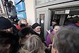 """В центральном офисе компании """"Ланта-тур вояж"""" начата выдача паспортов невыехавшим туристам и прием заявлений на получение компенсации, сообщили порталу """"Интерфакс-Туризм"""" в офисе туроператора."""
