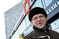 """Политический деятель Владимир Рыжков на митинге """"За честные выборы"""" на Новом Арбате."""