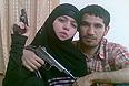 17-летняя Дженнет Абдурахманова, одна из предварительно опознанных смертниц, взорвавших себя в московском метро 29 марта 2010 года. По данным следствия, она вдова лидера дагестанских боевиков Умалата Магомедова (на снимке), уничтоженного в ходе спецоперации.