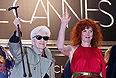 """Режиссер Ален Рене и актриса Сабин Азема представили в Каннах фильм """"Вы еще ничего не видели""""."""