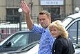Ксения Собчак, Алексей Навальный и Илья Яшин утром 12 июня  явились в Следственный комитет России на допрос в рамках дела о беспорядках на Болотной площади 6 мая